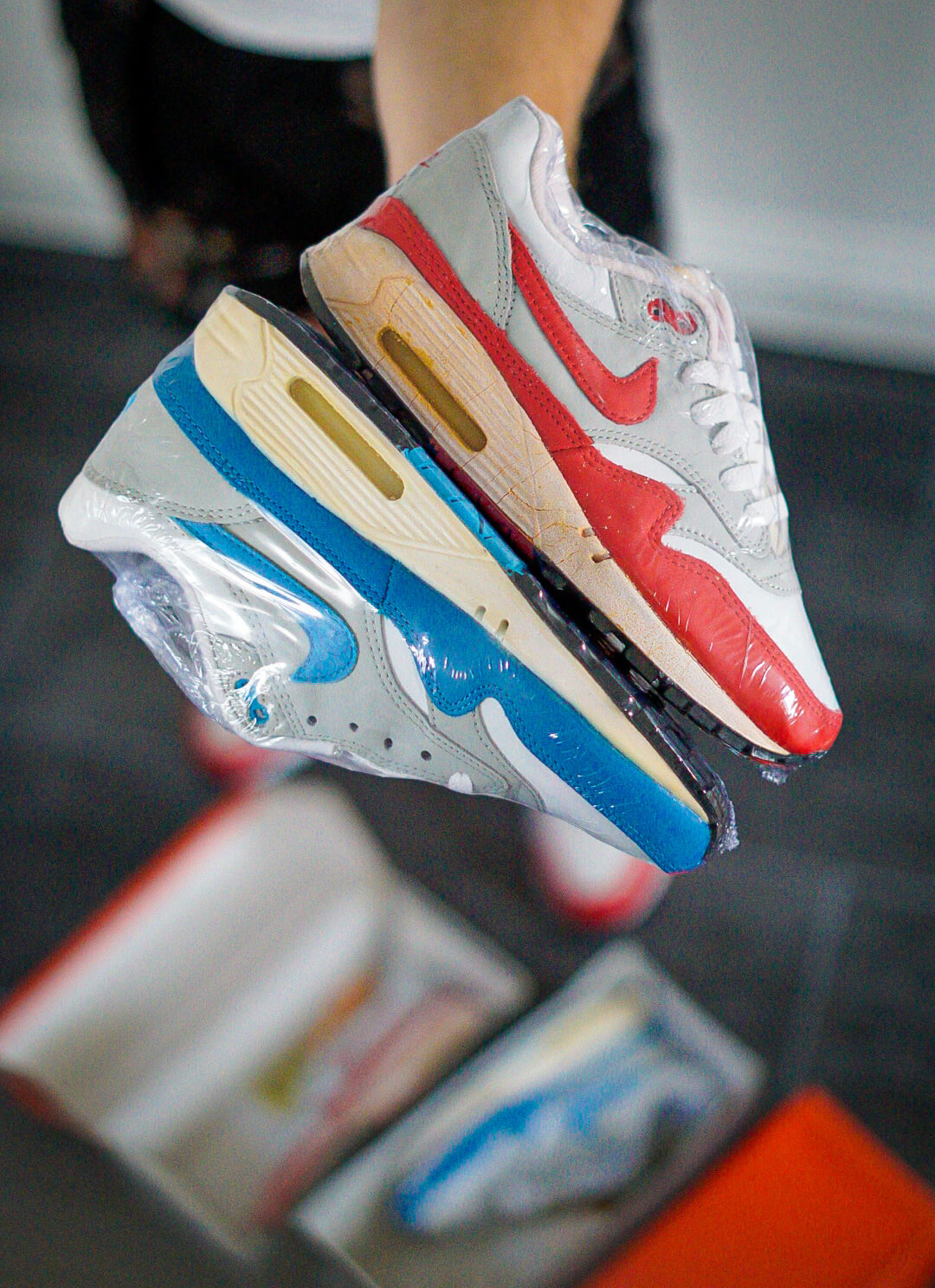 Nike Air Max OG Blue en OG Red 1987